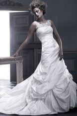 15888a3db19c84f0b990c1f27238991d--crystal-richard-wedding-dresses-view-photos
